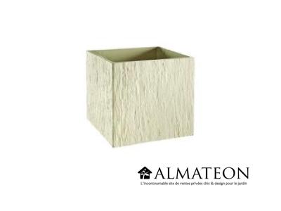 Bac pour plantations avec reliefs couleur ivoire de 50 litres et de dimensions 78x29x30cm