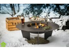 Brasero Barbecue en Acier OLYMP avec Grille, broche et bras fixe inclus LE FEU DU JARDIN